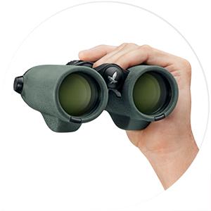 Ergonomic Balance - Swarovski EL Range Binoculars - Habitat Africa | South Africa | Sport Optics